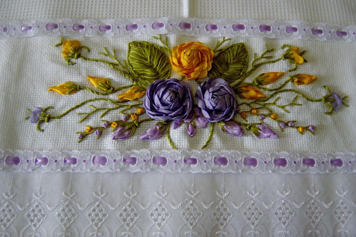Artesanato Origami Passo A Passo ~ Guardanapo Bordado Em Fita Artesanato Crochet Pinterest Ribbon embroidery, Embroidery and