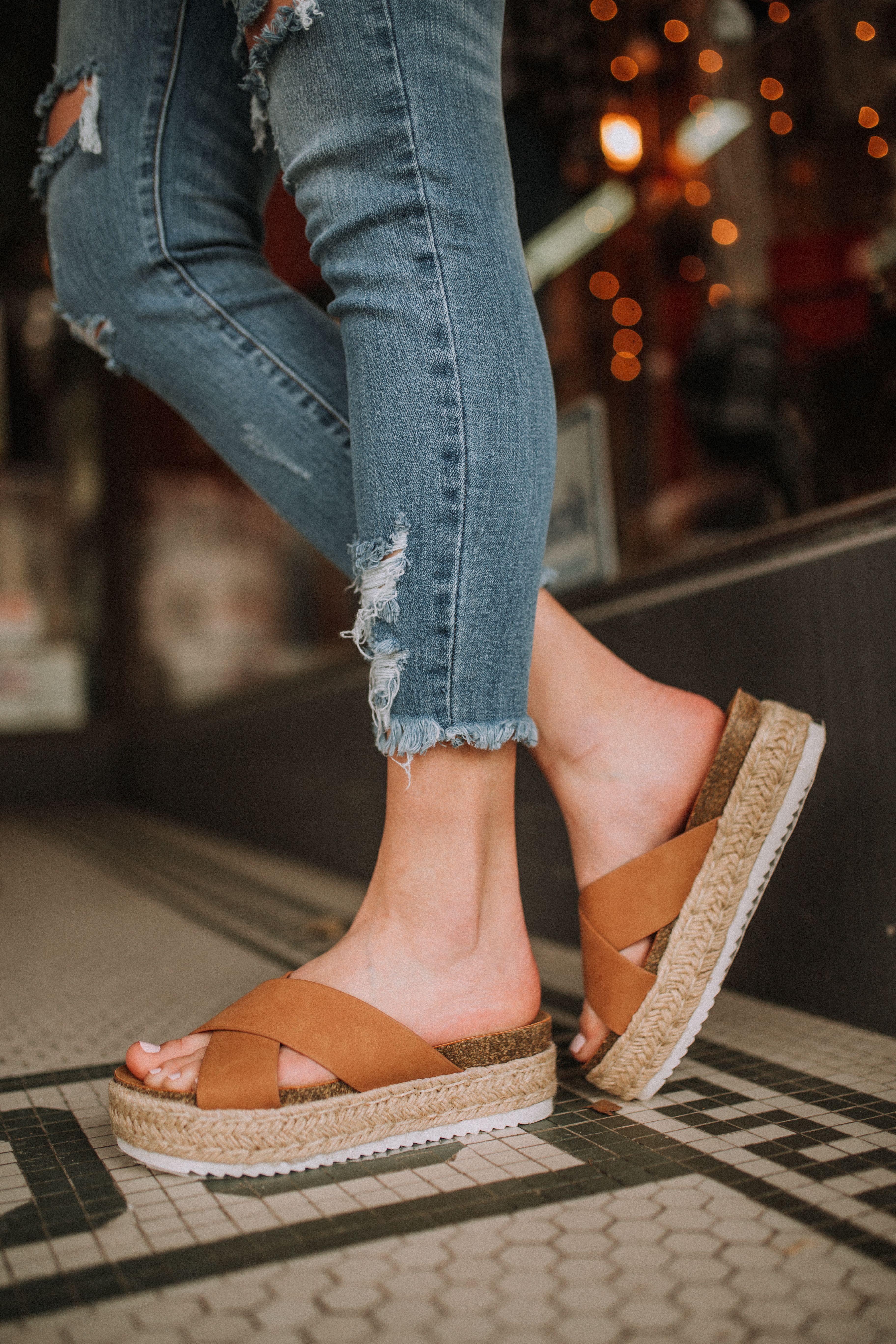 Luxury shoes women, Platform sandals