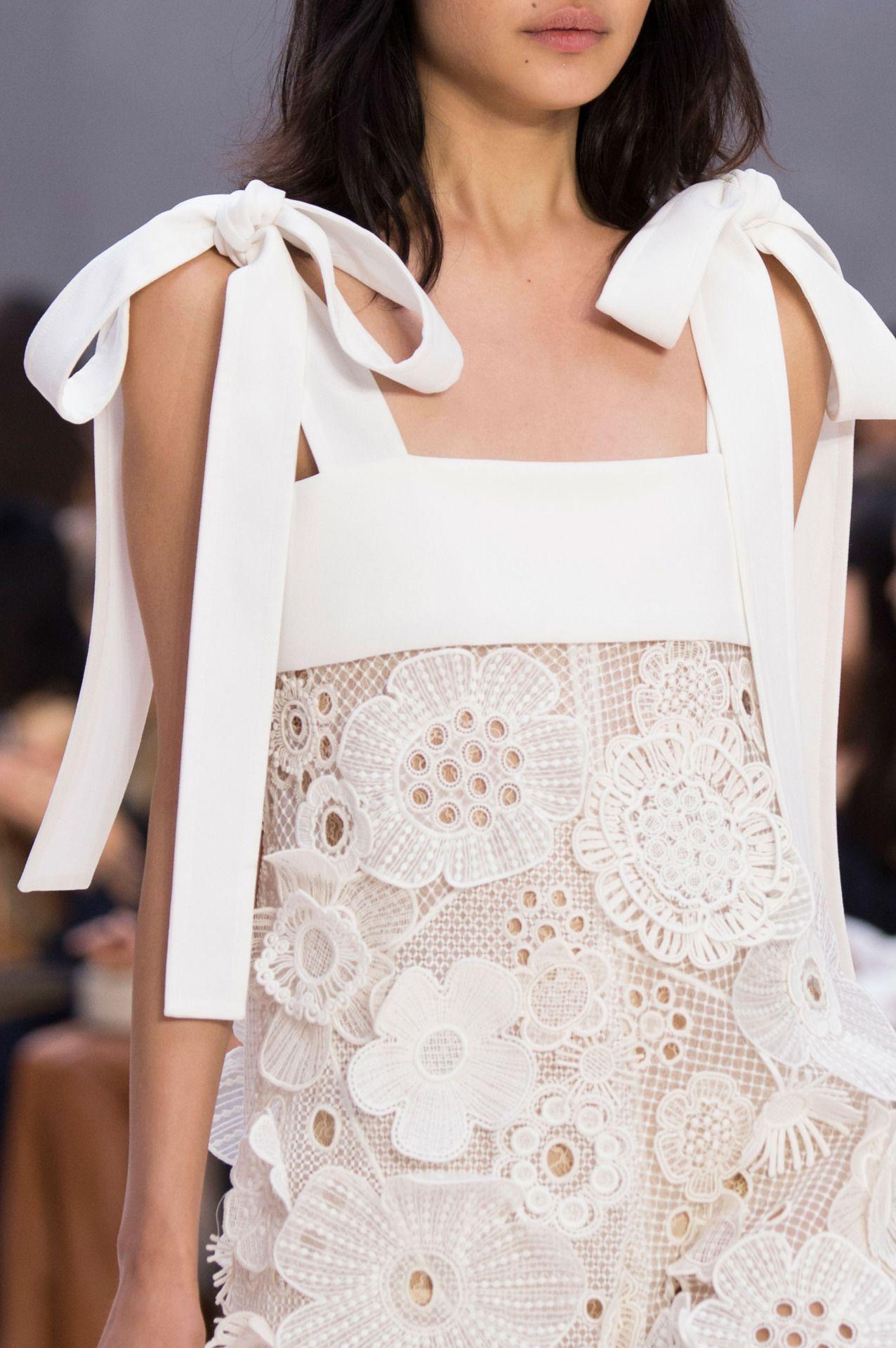 fashion elegance luxury beauty — Chloe Spring 2017  source:TheImpression.com Photo...