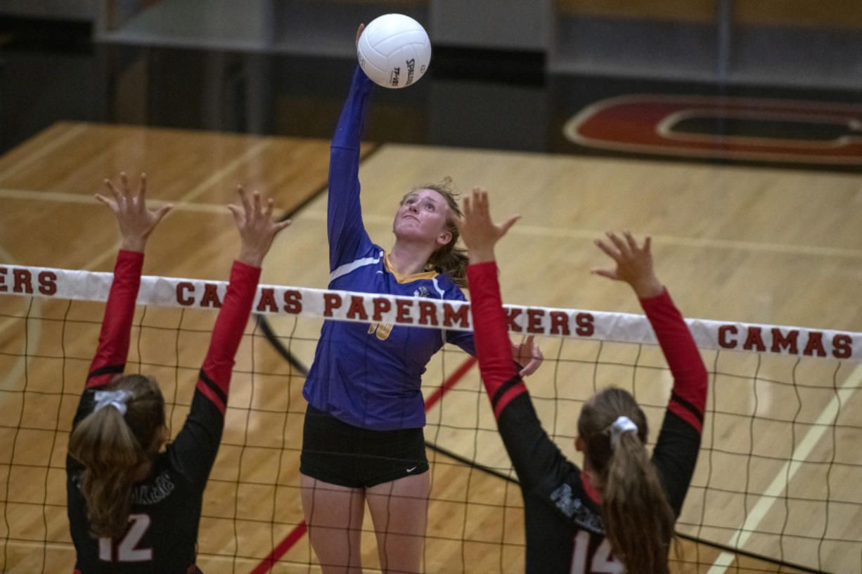 Columbia River Volleyball Kills It In Opener Against Camas Prep Sports Columbia River Volleyball Photos