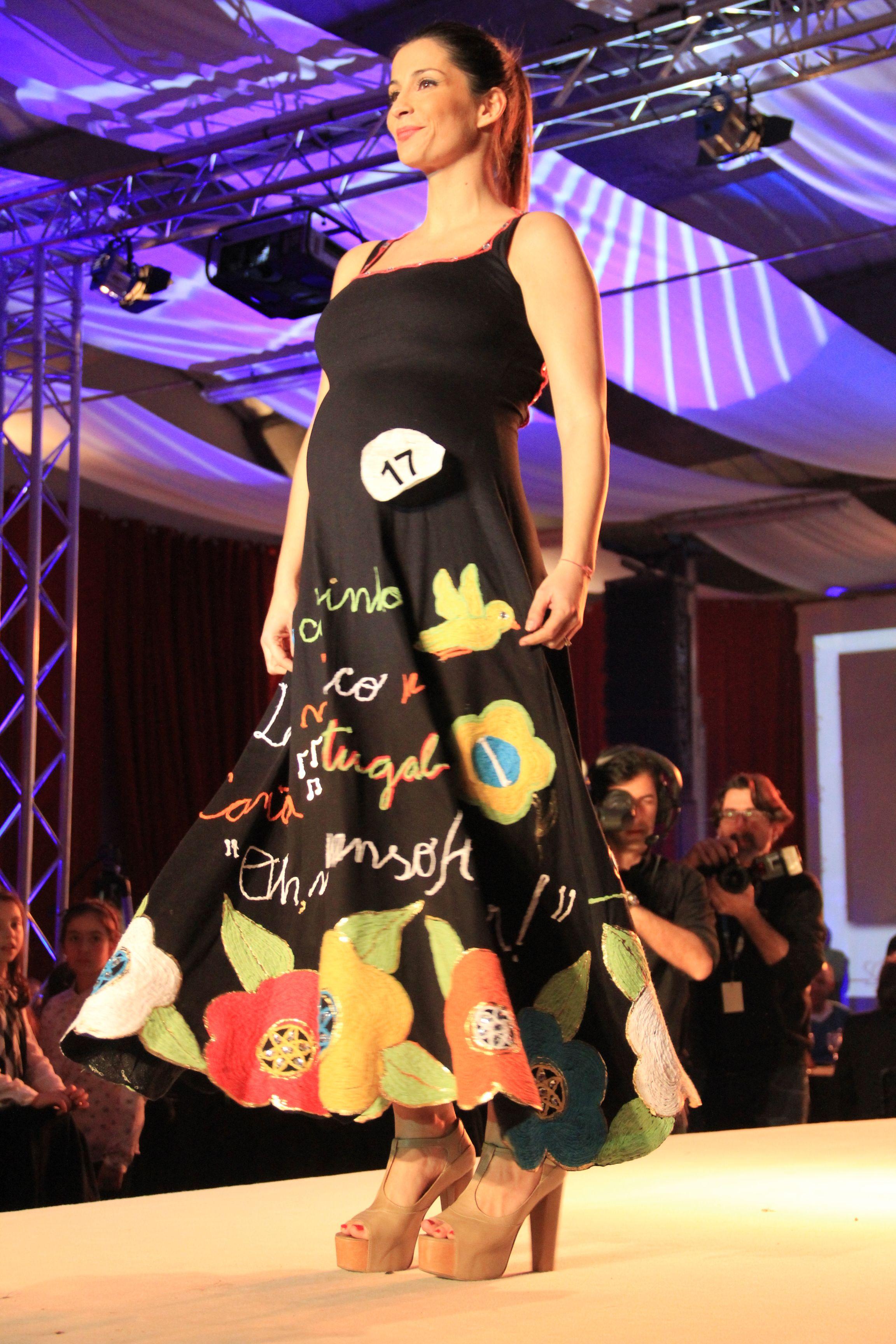 O 3º Prémio veio do Brasil. Gala Namorar Portugal 2013, 10º Concurso Internacional de Criadores de Moda.