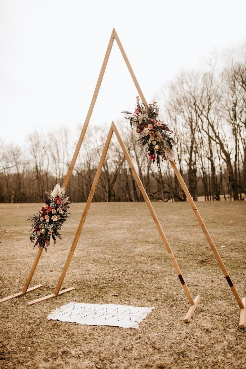 13+ Triangle wedding arch for sale info