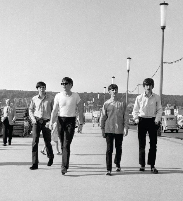 The Beatles Genietend Van Een Klein Beetje Vrije Tijd The Beatles Beatles Pictures Beatles Photos
