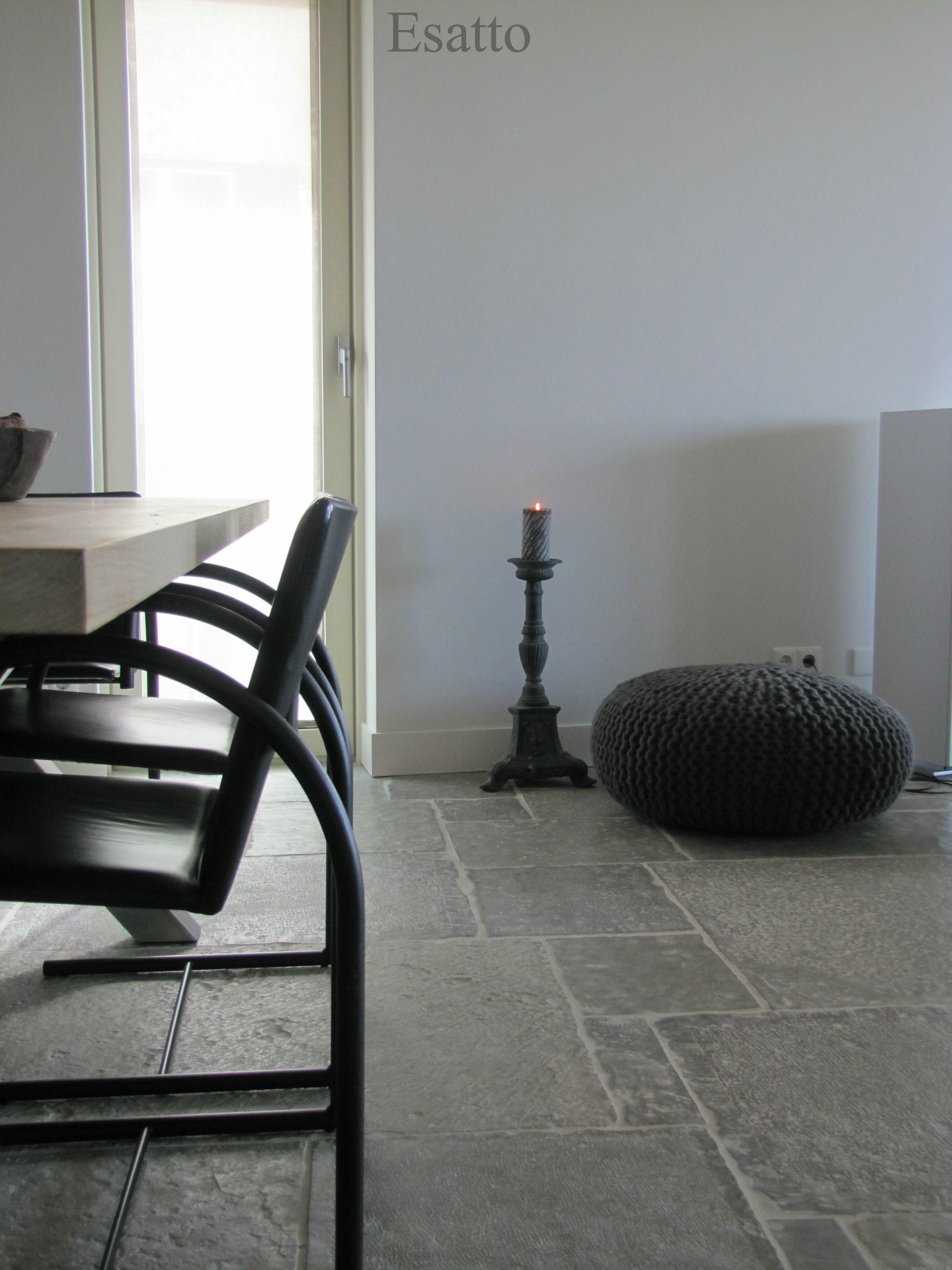 Binnenkijken in een strak landelijk interieur esatto for Landelijk modern interieur