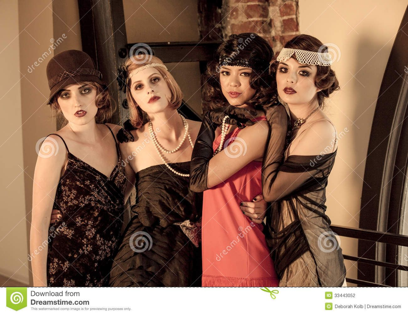 Four Beautiful Vintage Women Celebrating Gathering S Great