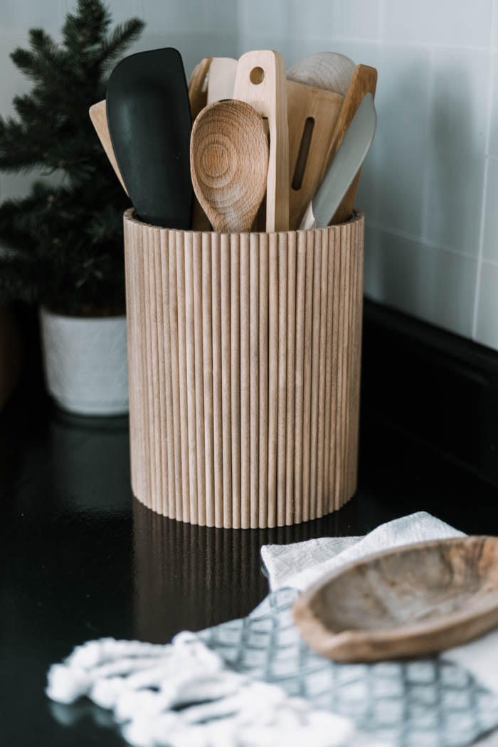 Photo of Fluted DIY Utensil Holder [from dollar store supplies!] – Love Create Celebrate