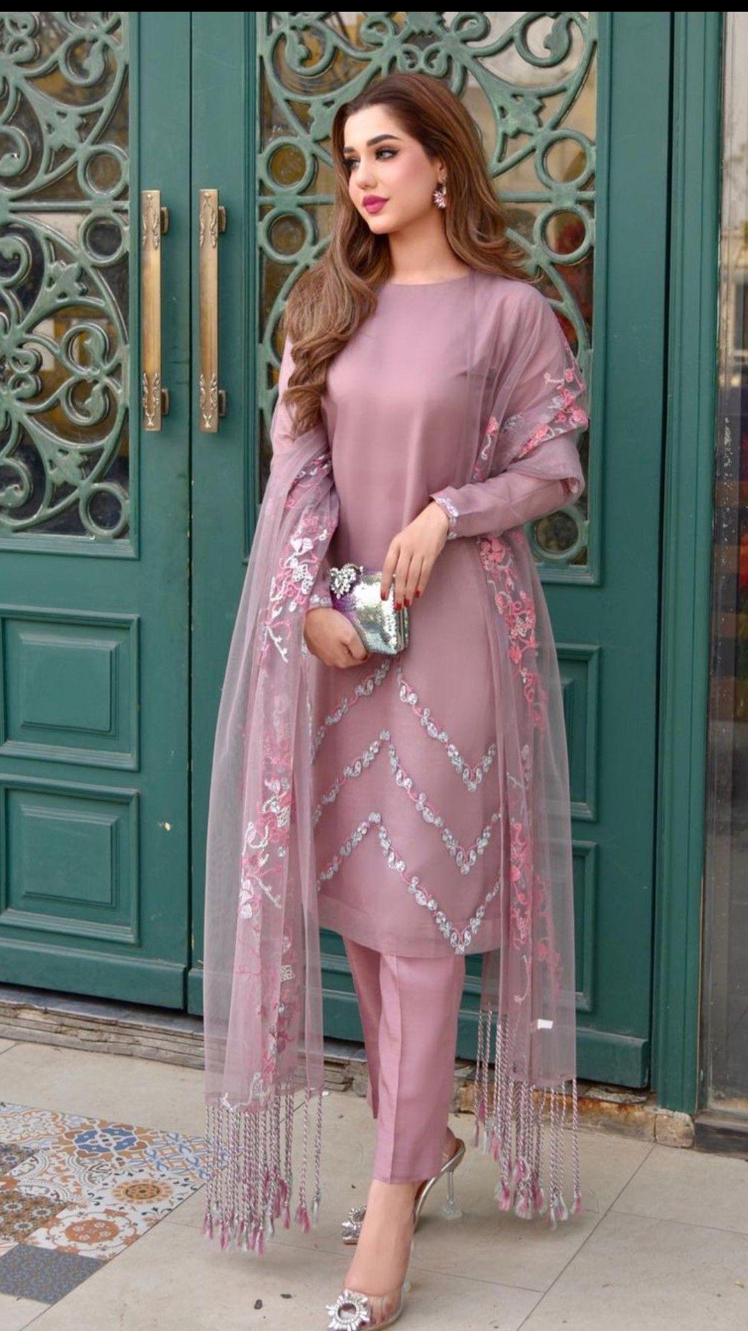 Colour Fashion Desing In 2021 Beautiful Pakistani Dresses Fancy Dress Design Stylish Party Dresses