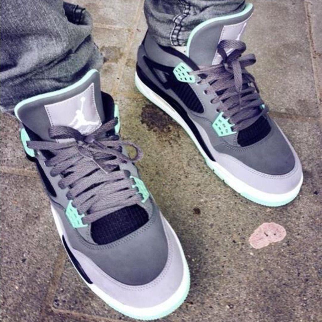 Air Jordan Retro Glow 4s