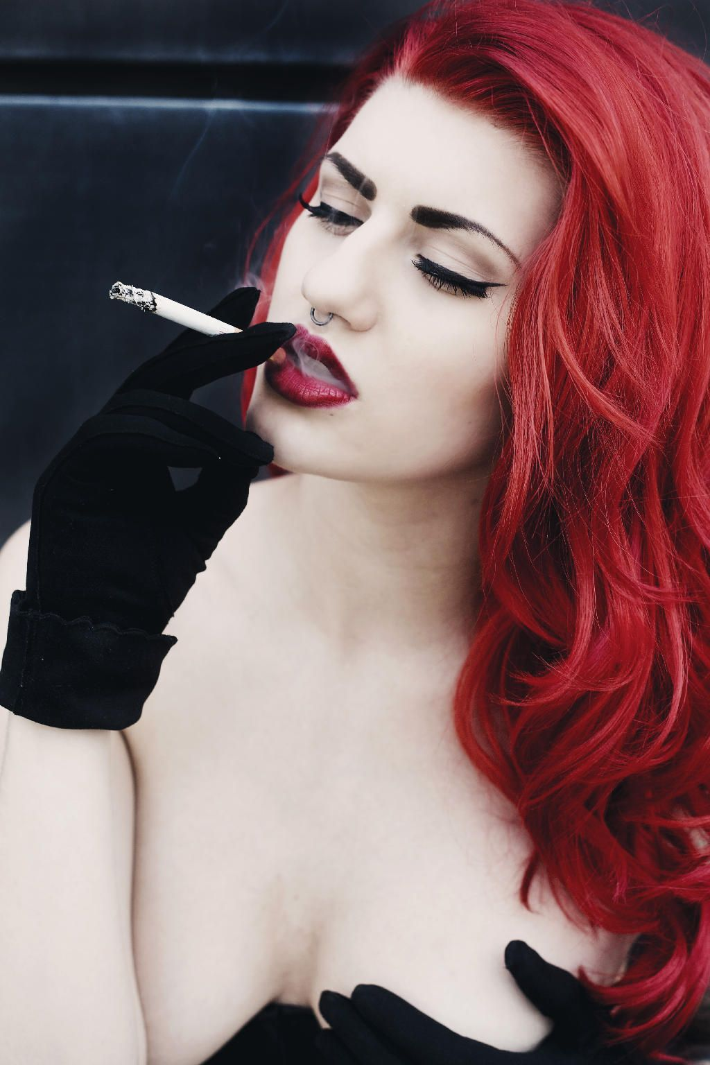 Smoking redhead(SMK AT END)