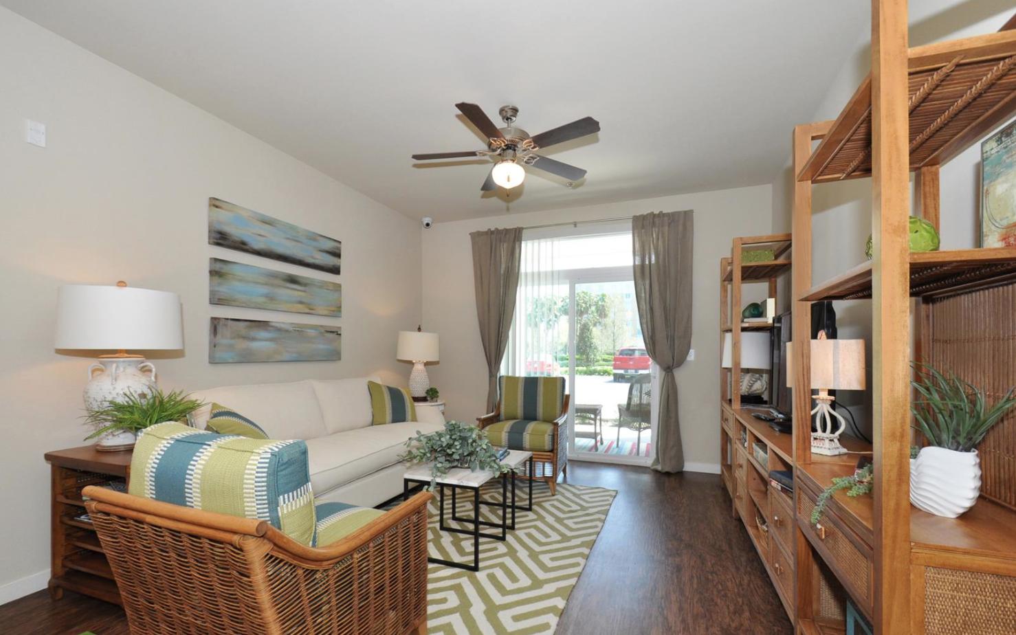 Sea Isle Resort Apartments In Orlando Fl Www Epochlivingseaisleresort Com Apartment Sea Isle 3 Bedroom Apartment