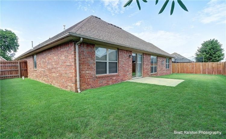 Centerton ar homes for sale get a fully furnished