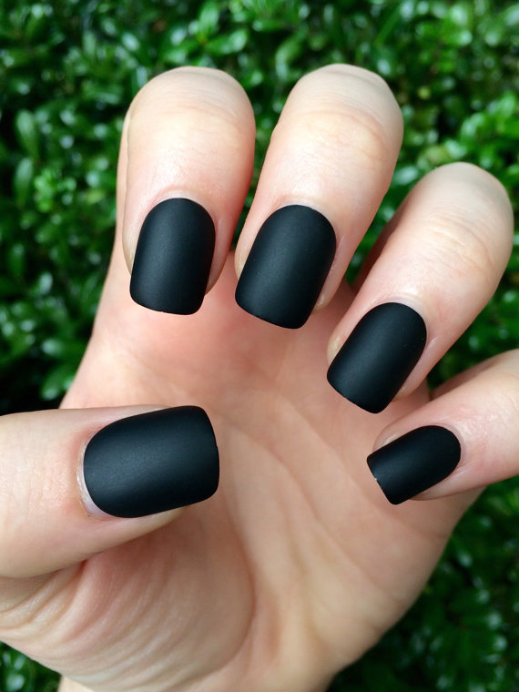 Black matte nails, matte nails, black matte, fake nails | P ...