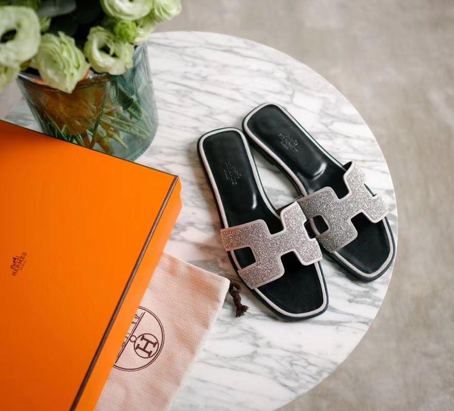 3.Hermes-Oran-Glitter-Slipper-Sandals