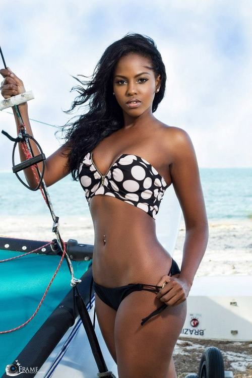 Hot ebony in bikini