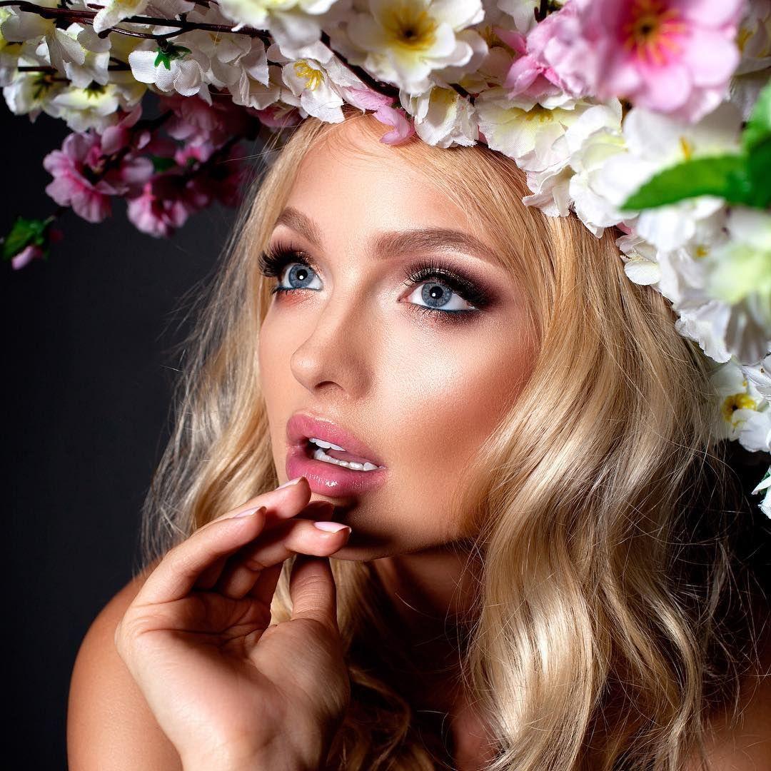 ℒℴvℯly Makeup looks, Beauty blender, Koba