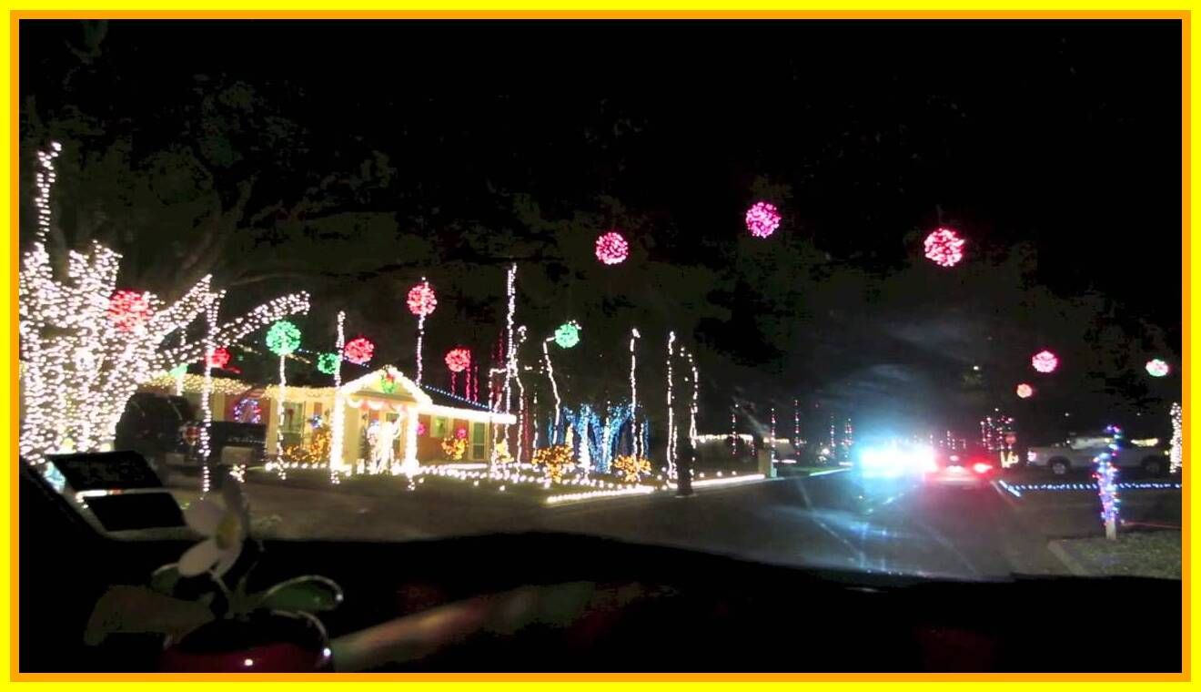 56 Reference Of Christmas Light Train Near Me In 2020 Christmas Lights Christmas Door Decorations Christmas Table Decorations