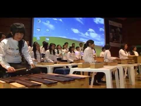"""Música para la reconciliación lleva 11 años formando pequeños y grandes músicos en Colombia. Antes, recibía el nombre de """"déjate tocar por la música"""", sin embargo el objetivo siempre ha sido el mismo: llevar atención integral a los niños víctimas de la violencia por medio de la música."""