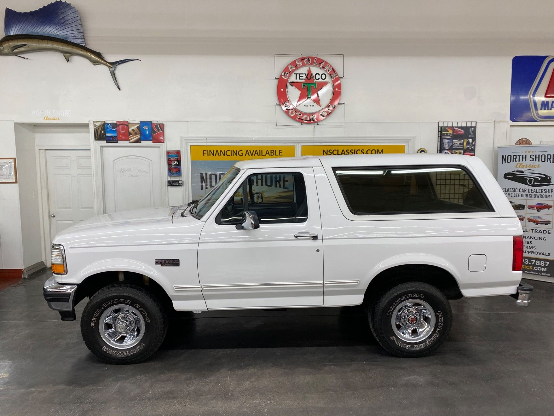 1994 Ford Bronco Xlt 4x4 5 8l Engine 2 Owner Vehicle See