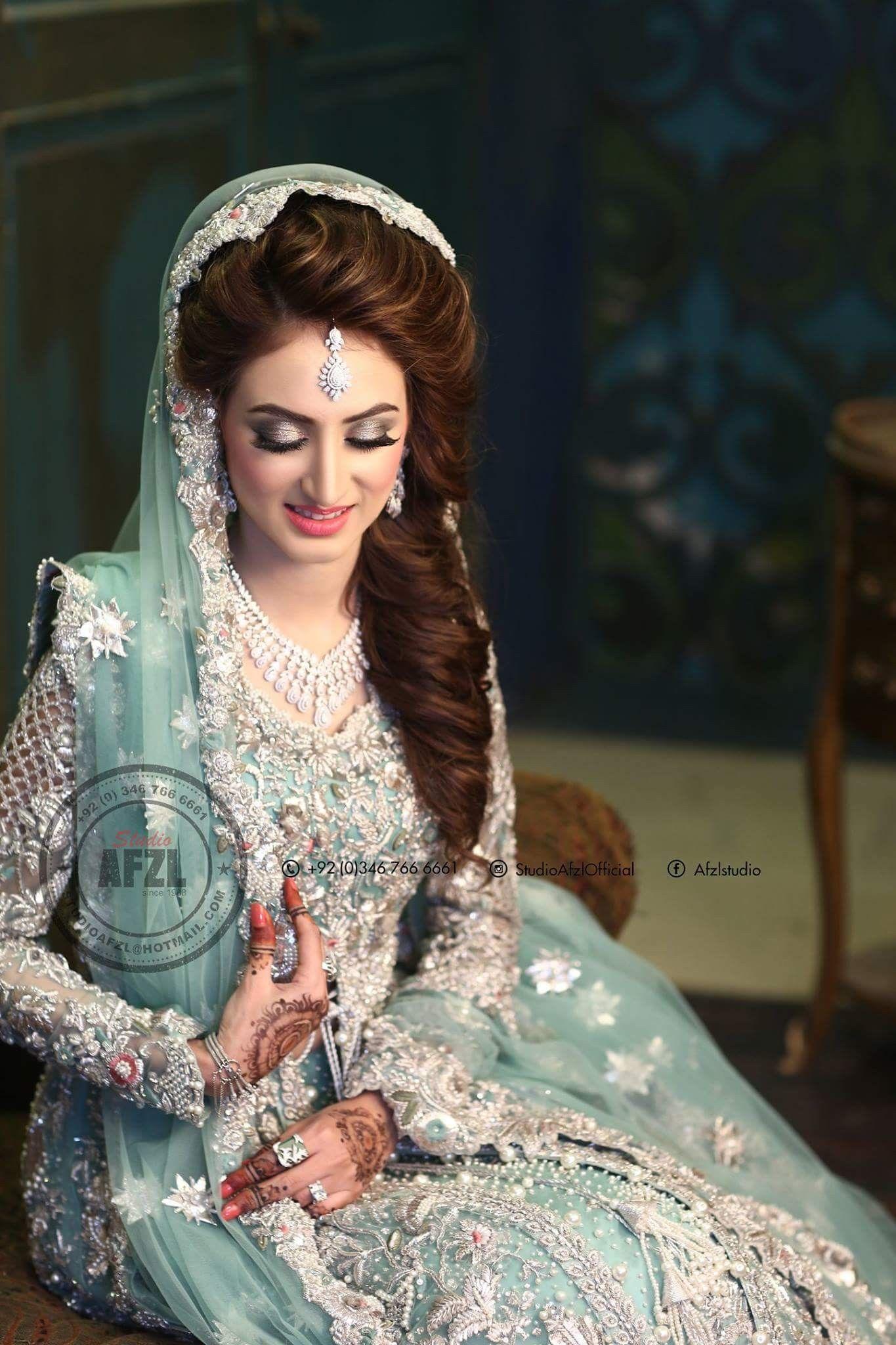 Beautiful Silver And Sea Green Pakistani Bridal Makeup