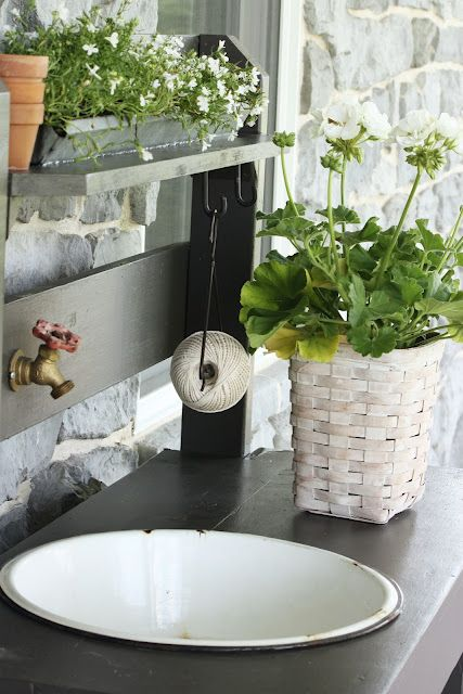 Garden hose spigot doubles as sink faucet - wish I had the space to make something like this by my garden shed