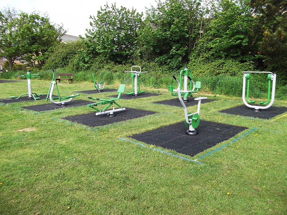 Outside Gym Areas Can Encourage Fitness In Your Community Backyard Gym Outdoor Gym Equipment Open Gym