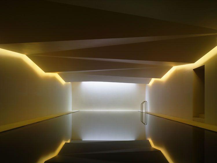 Lighting design international using halo lighting from the perimeter