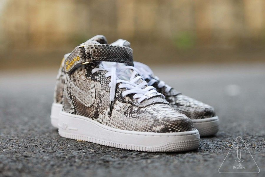 nike air force 1 mid python customs 5 900x602 Nike Air Force 1 Mid Python Customs by 368Sneakers