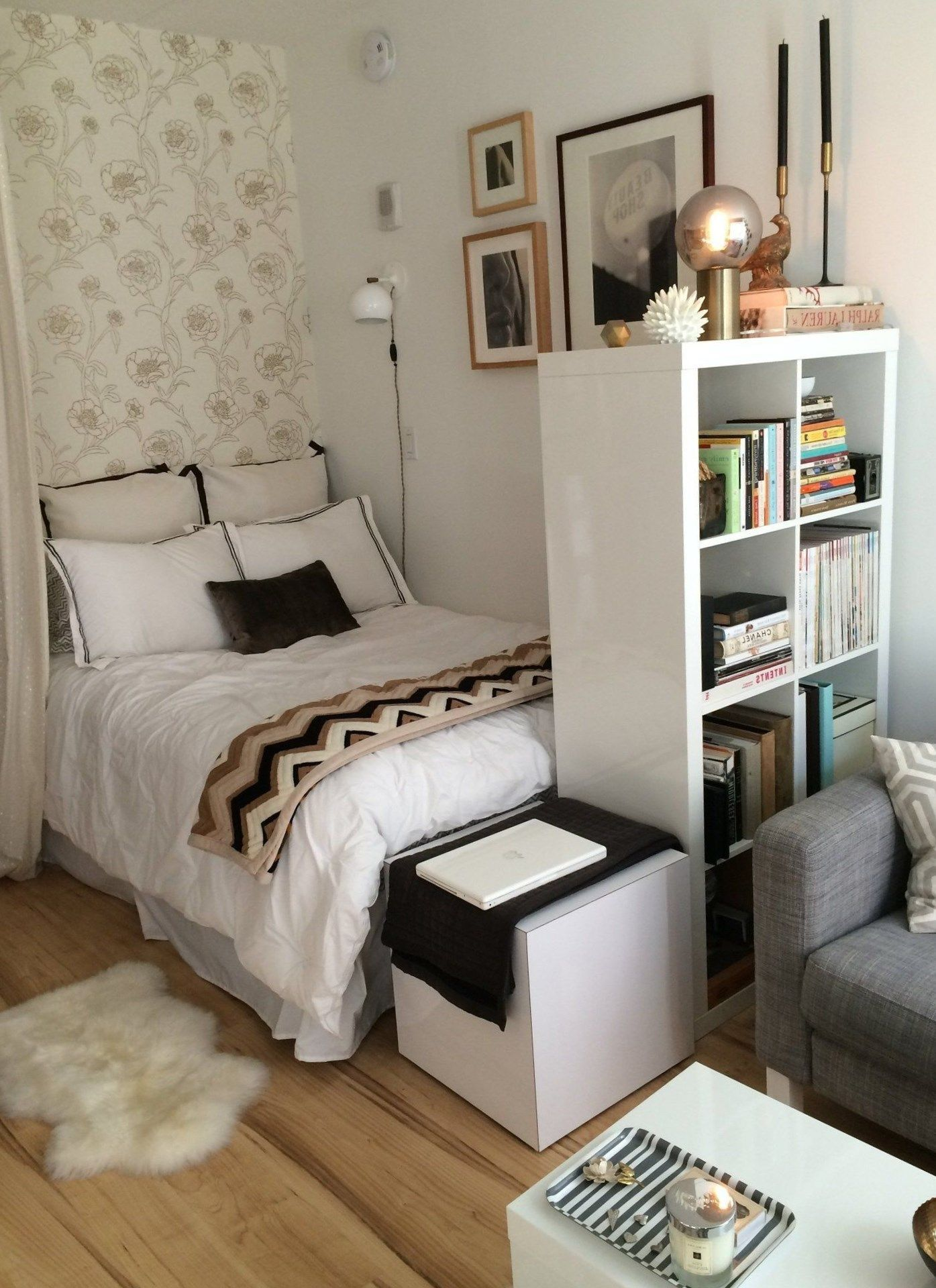 best 20 tips for decorating a small bedroom small bedroom pinterest studio studio. Black Bedroom Furniture Sets. Home Design Ideas