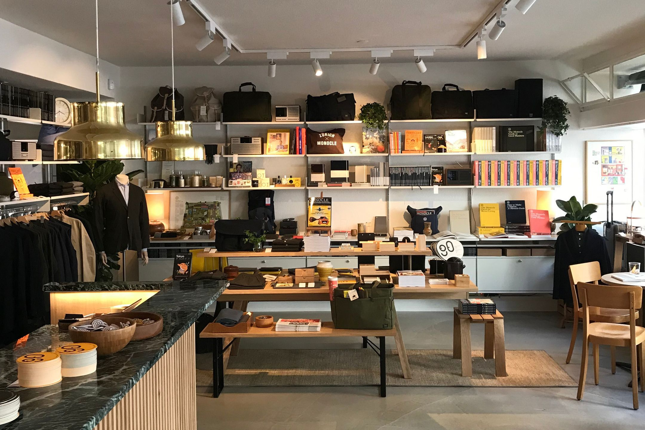 The 606 Universal Shelving System At The Monocle Shop Cafe In Zurich Find More Places To See Vitsœ Nea School Interior Retail Design Newbury Street Boston