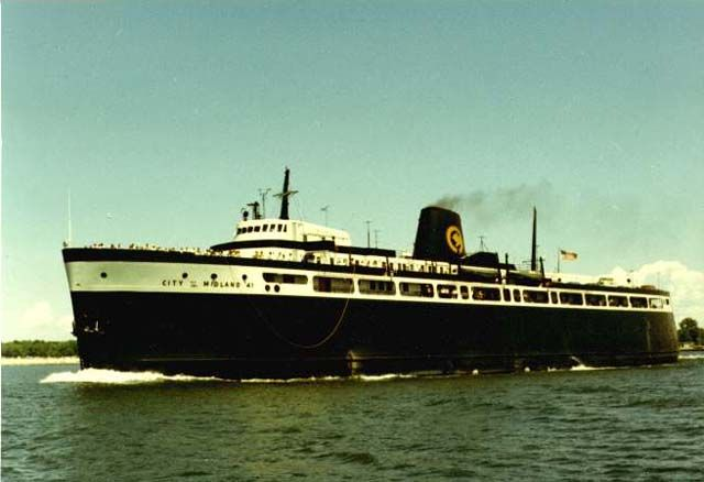 The S S City Of Midland 41 Was A Train Ferry Serving The Ports Of Ludington Michigan Milwaukee Wisconsin With Images Great Lakes Ships Great Lakes Shipwrecks Lake Boat