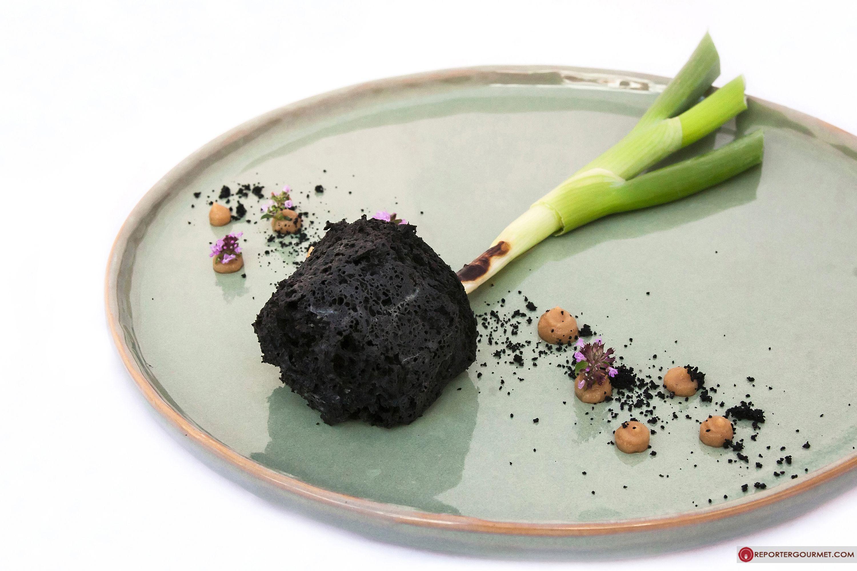 Gaetano Trovato Triglia cetriolo aglio fermentato t¨ nero e tartufo estivo Ristorante Arnolfo Colle di Val d Elsa Pic of the day