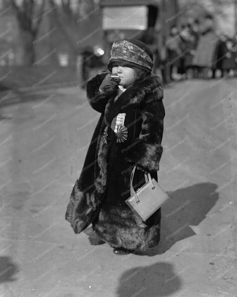 Circus Midget Having A Smoke 1920s 8x10 Reprint Of Old