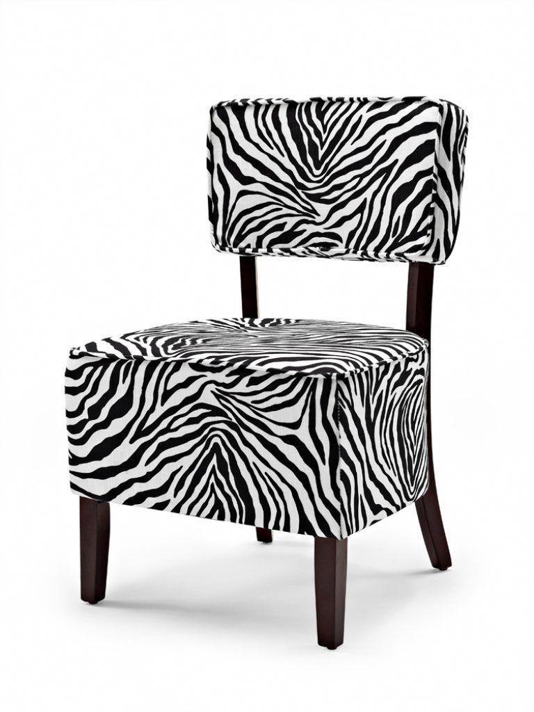 Best Small Armchair For Bedroom Livingroomloungechair 400 x 300