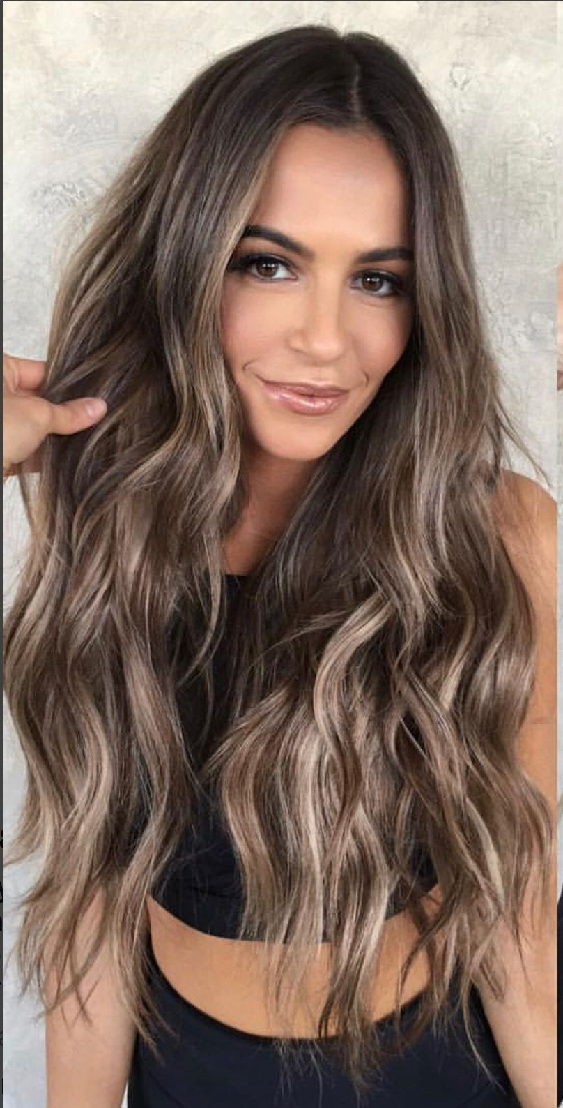 Brunette With Blonde Highlights Love The Rich Brown Perfect