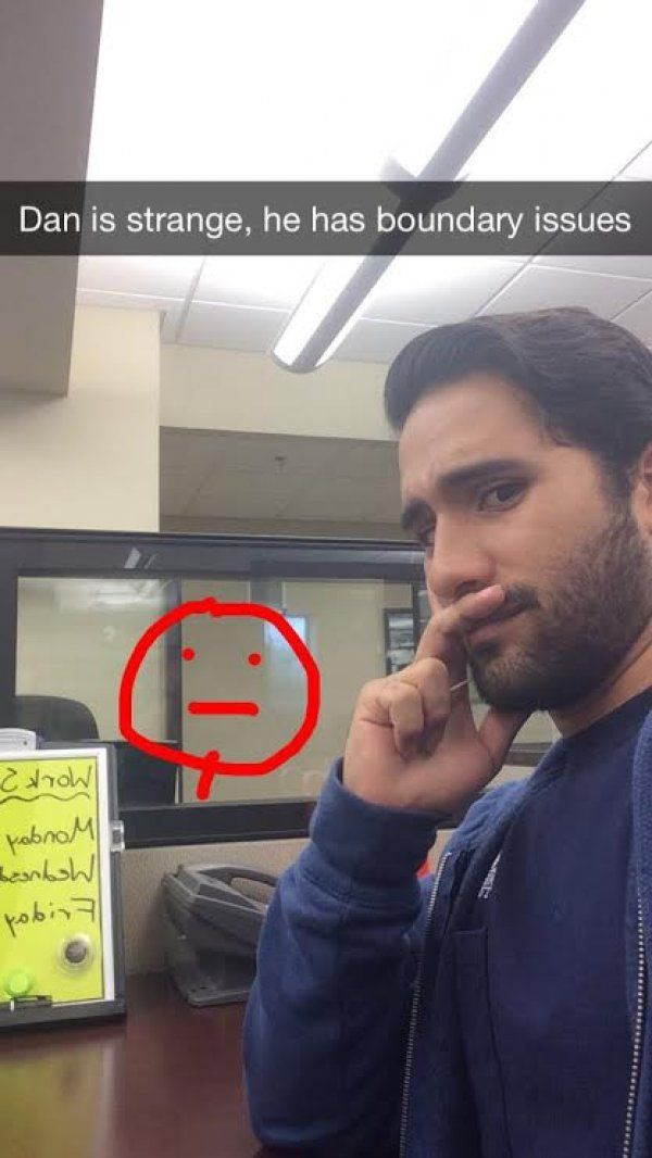 Clever Snapchats From A Guy Working In An Empty Office - 21 hilarious snapchats that made our day instantly better 6 cracked me up