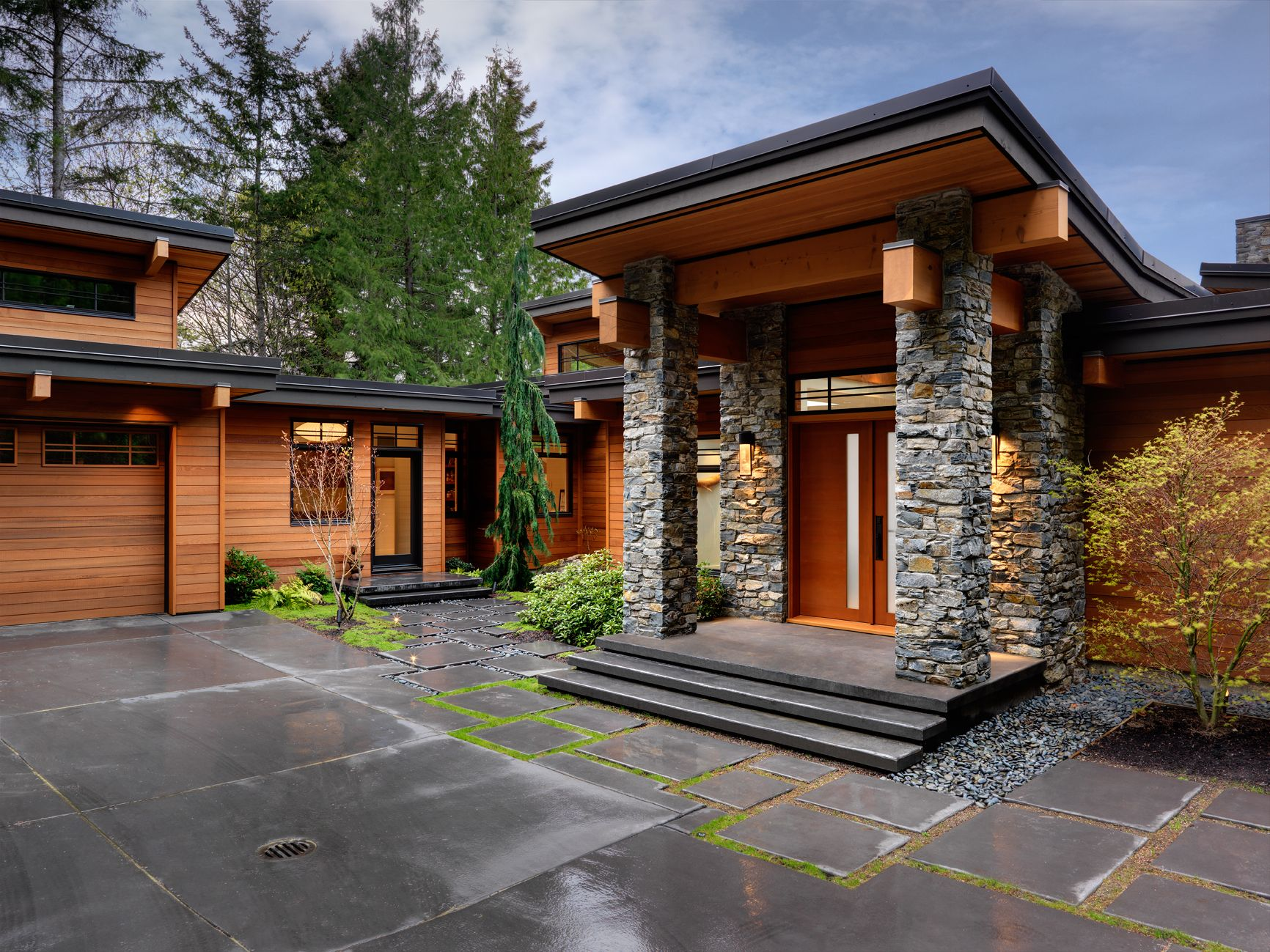 Stone Home Designs: Amazing Interior Woodwork Contemporary Yet Warm