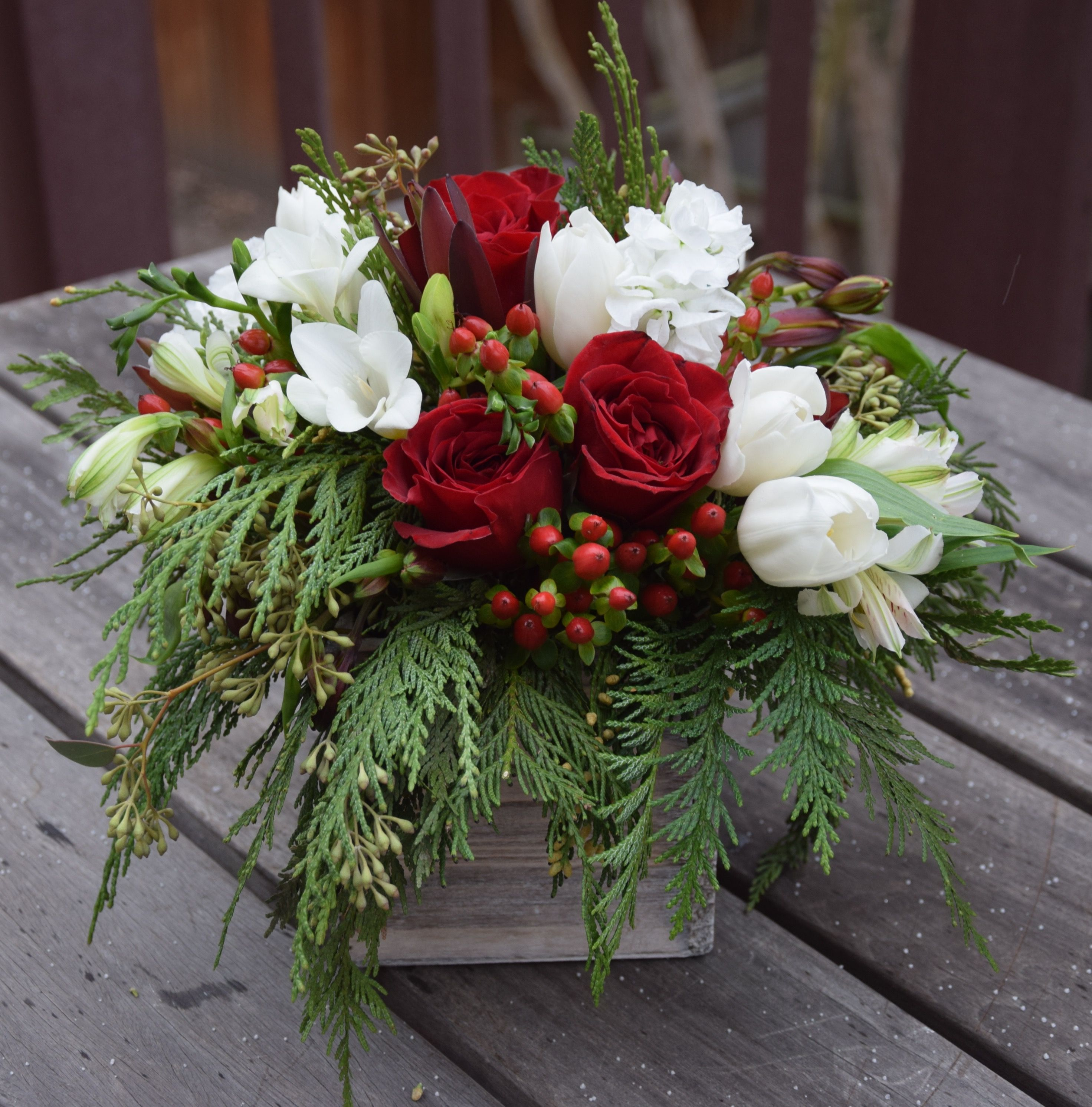 Holiday Christmas Flower Box Unique Gift Or A Table Floral Piec Christmas Floral Arrangements Christmas Flower Arrangements Christmas Floral Arrangements Diy