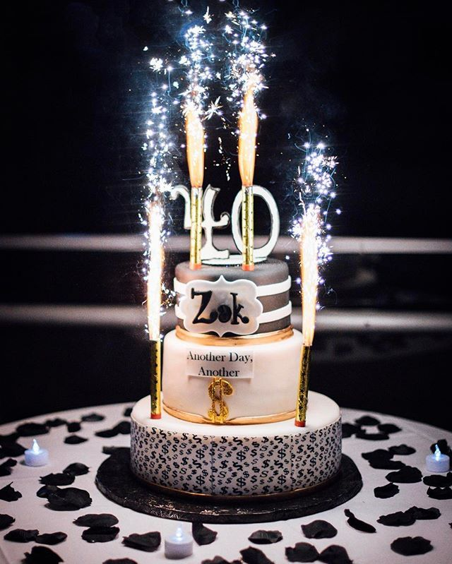 An Event Gig To Shake Things Up This Saturday Eve Complete With Sparkler Candles On Top Of A 3 Tier Black White Birthday Cake Happy 40th Zek