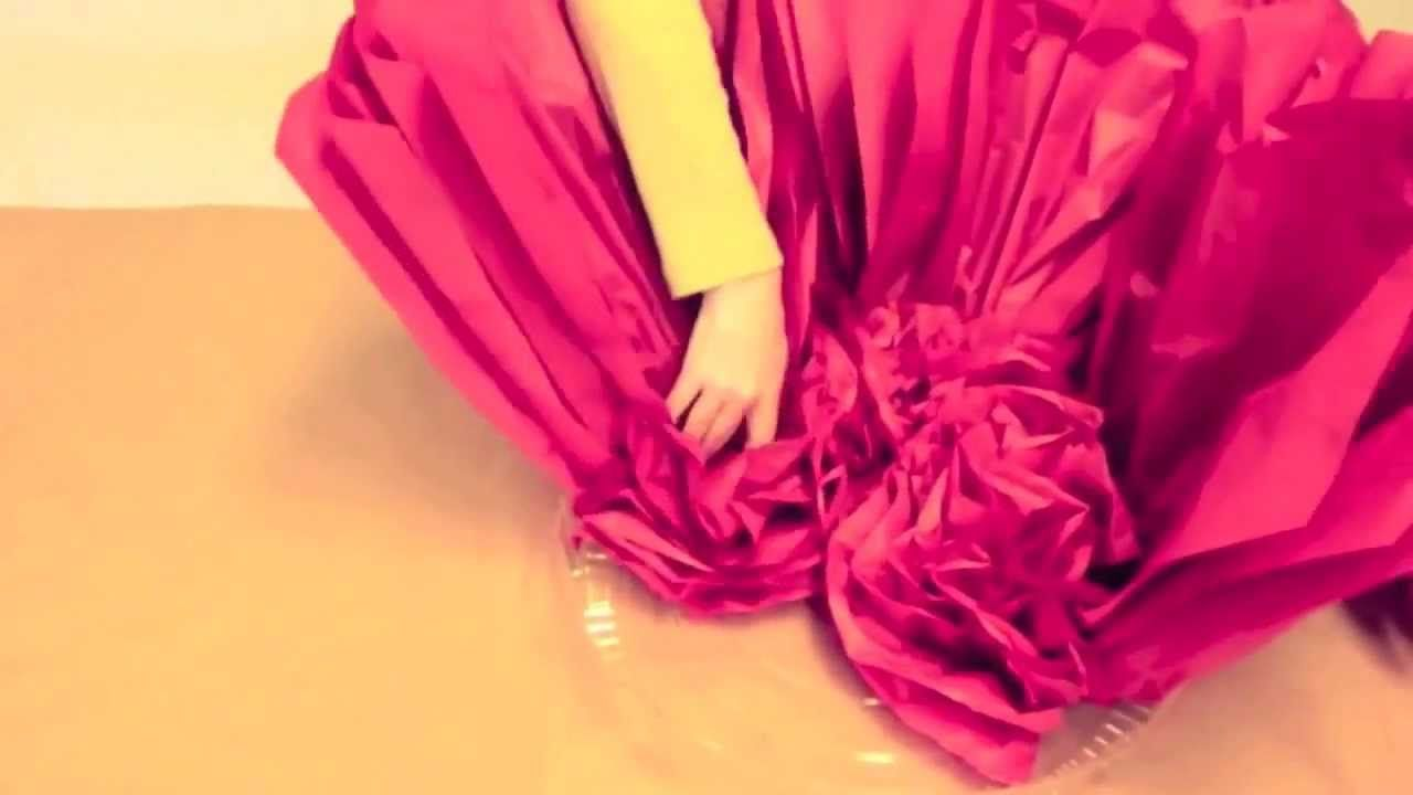 How To Make Giant Tissue Paper Flowers Simple And Easy To Make