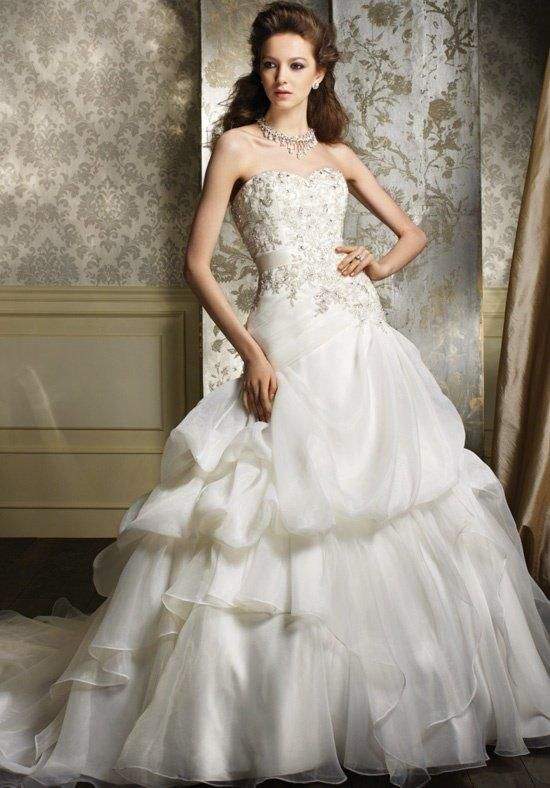 Alfred Angelo Sapphire 892 Wedding Dress - The Knot | Wedding ...