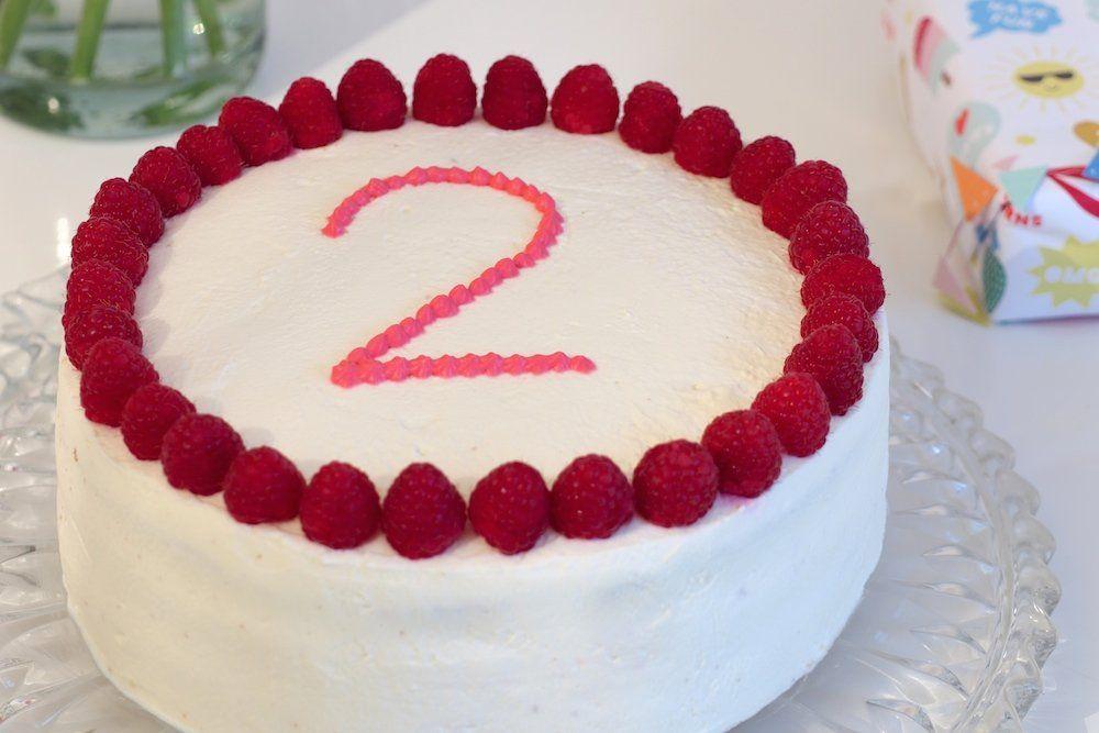 Kuchen Zum 2 Geburtstag Himbeertorte Rezept Reise Mama Kuchen Kindergeburtstag Ohne Zucker Kinder Kuchen Kuchen Rezepte Ohne Zucker