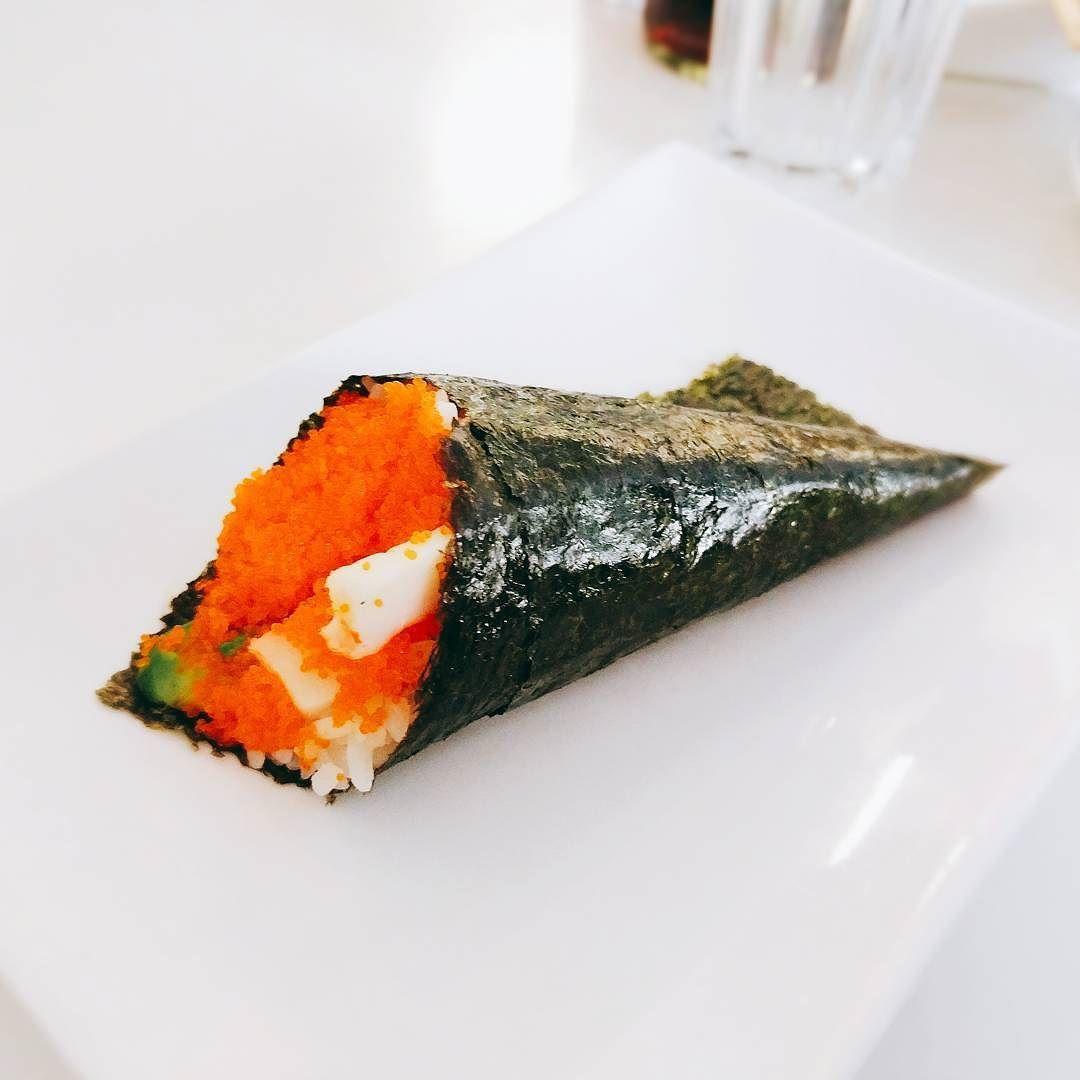 Eine #Leckere California #Handrolle im #akikosushi in #Berlin.  #Sushi #handroll #foodporn #foodlove #Essen  # # # # #lecker #leckeressen #foodblogger #foodporn