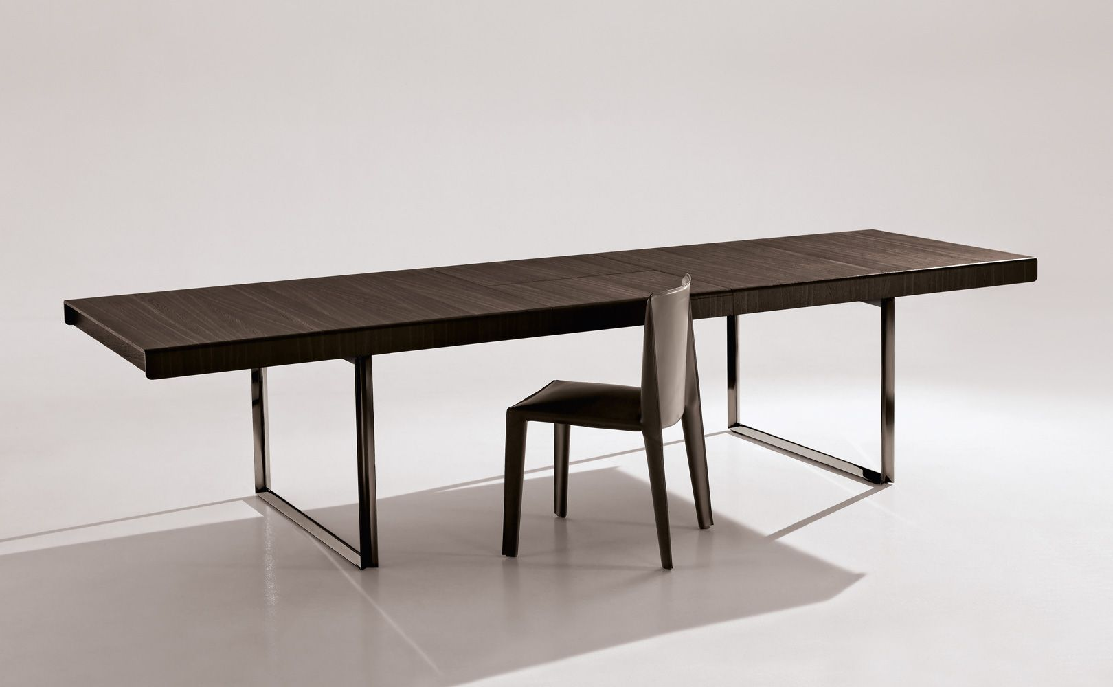 Athos 12 Dining Table. Designed by Paolo Piva for B Italia.