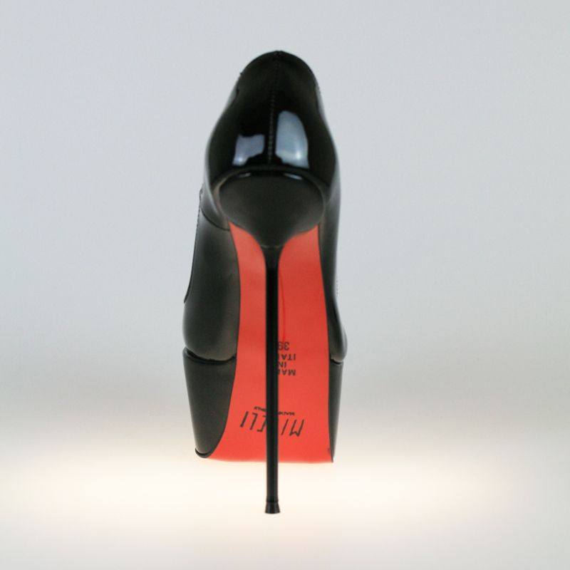 68aeadfdd2128a Exklusive schwarze Lackleder Plateau Pumps mit High Heel Stiletto Absatz.  Eigene Kollektion MICELI - Made in Italy