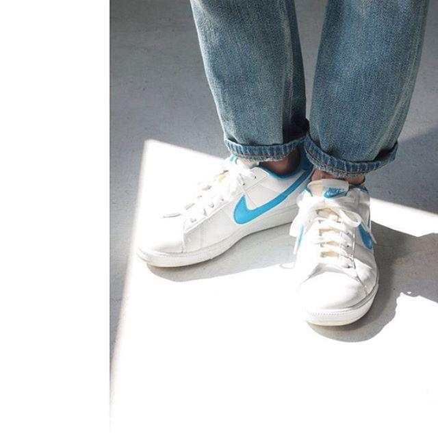 "Metáfora Astronave Mago  flandrejournal on Instagram: ""Nike Tennis Classic RM, JieDa selvedge denim  pants. From Not Split blog @naoya1205 #… | Nike, Style inspiration summer,  Sneakers nike"
