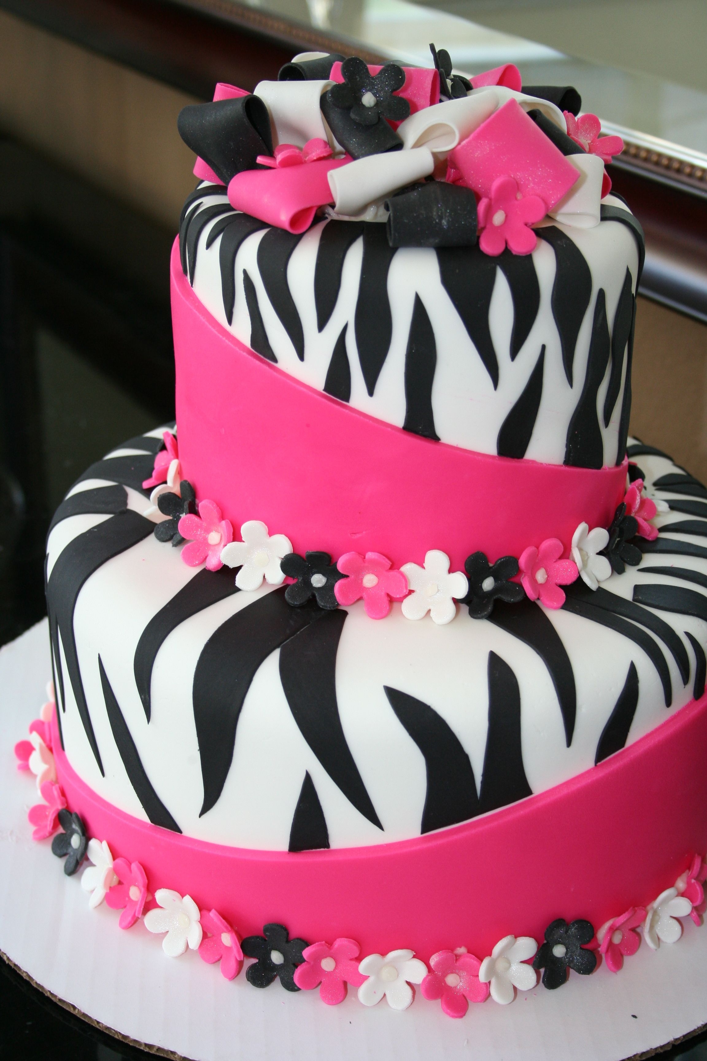 Pink and Black Zebra cake for the girls Bernie Bakes Pinterest