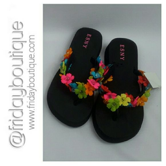 aeacdca3780d1 Black Flip Flops with Floral Beaded Trim Size 8 Esny Shoes Sandals ...