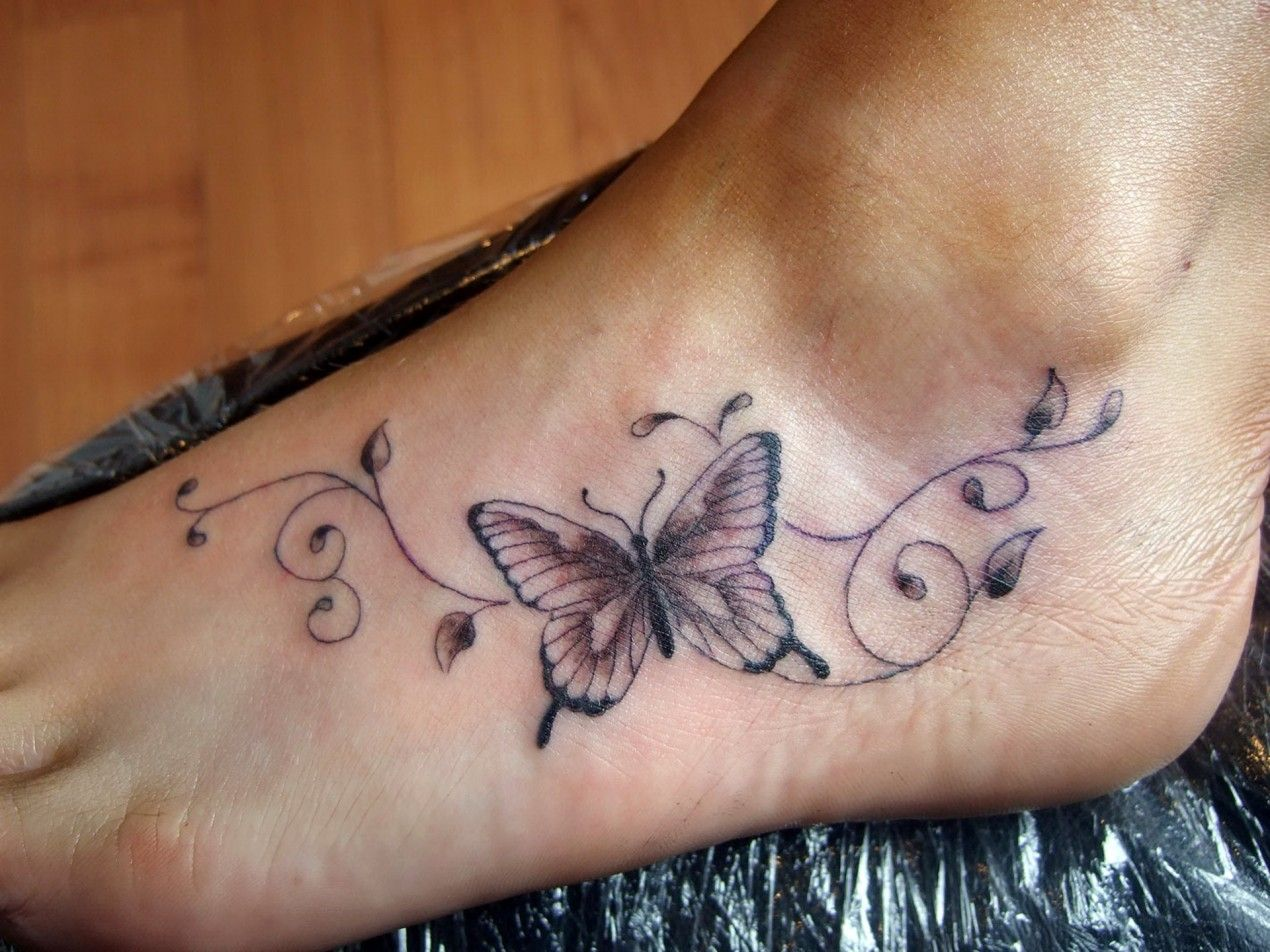 50+ Elegant Foot Tattoo Designs for Women Feet tattoos