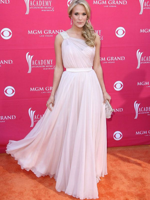 love the gown Carrie Underwood | All Country Music Awards | Pinterest