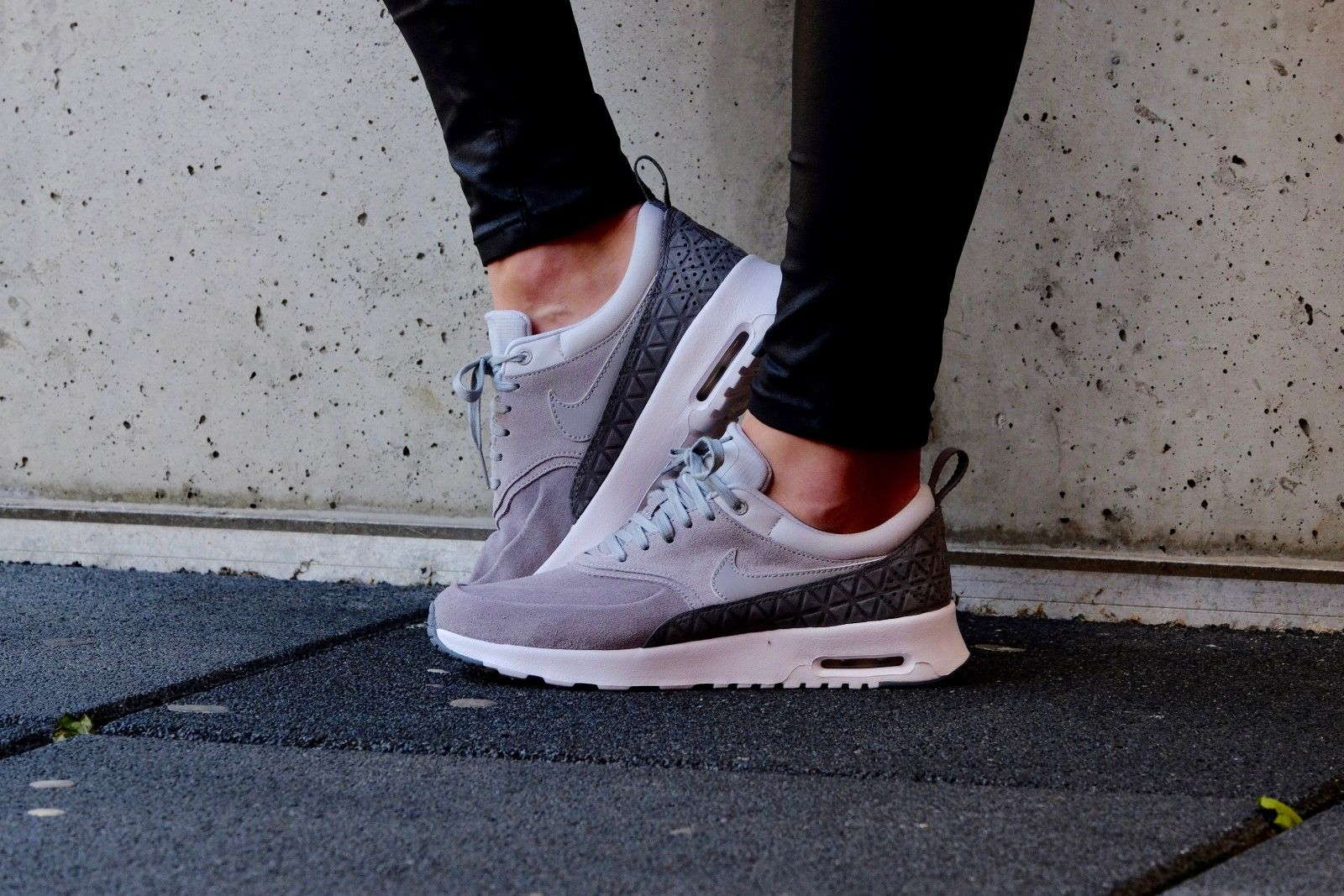 Nike WMNS Air Max Thea Premium Leather Matte Silver Pure